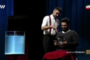 فیلم اجرای رضا پور جوان در مرحله نیمه نهایی عصر جدید