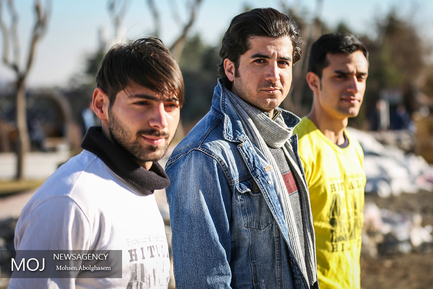 چپ حمید کشاورز وسط حامد هایدی و پویا افشار دوست